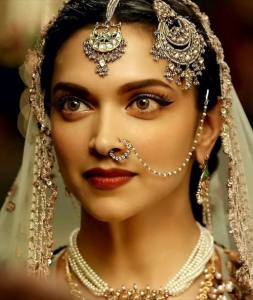 How To Carry A Bridal Nose Ring Like A Boss Panjab Jewelry