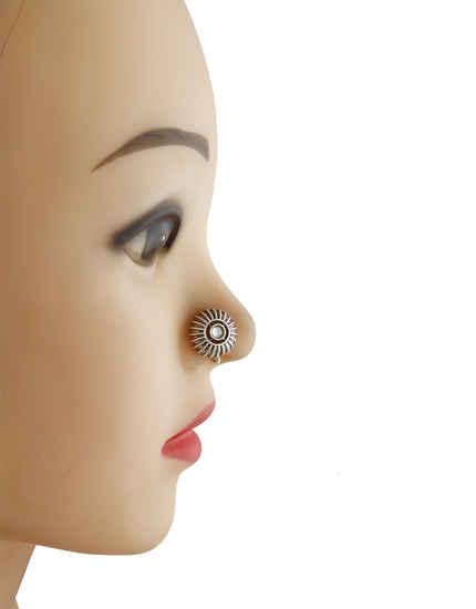 gold nose pin